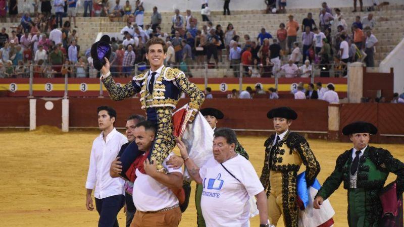 Ponce y Ginés Marín puerta grande en Almería
